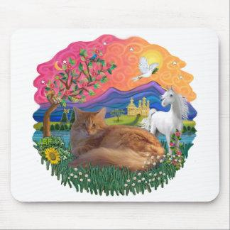 Fantasy Land (ff) - Maine Coon cat (red) Mouse Pad