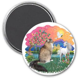 Fantasy Land (Fff) - Maine Coon 44 (tabby) Magnet