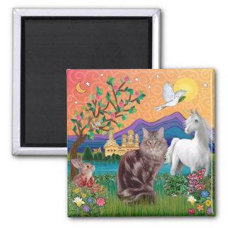 Maine Coon Cat - Fantasy Land Magnet